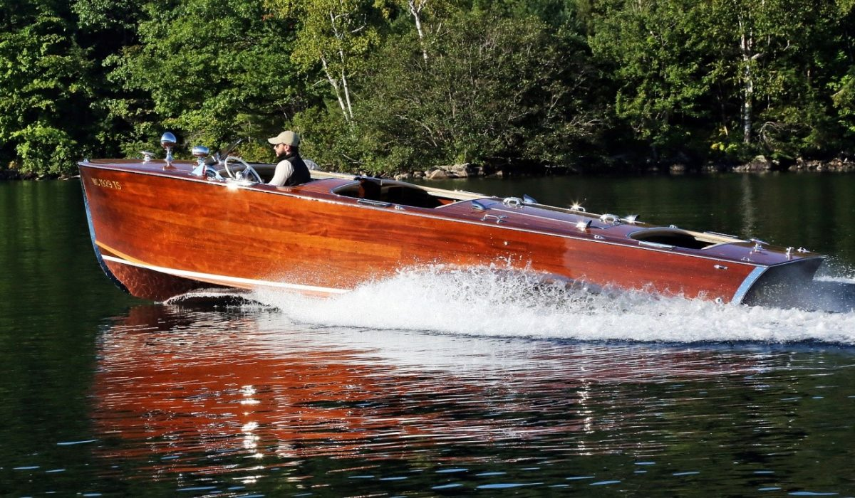 1957 Chris Craft 17 Wooden Boat